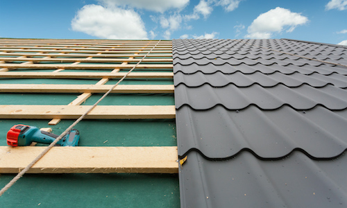 Building a tile roof